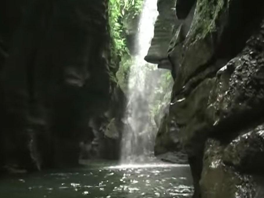 Image of one of the best places to visit in Vanuatu, Millenium Caves